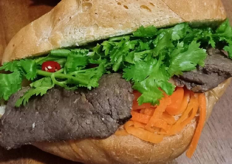 Banh Mi (Vietnam Sandwich)