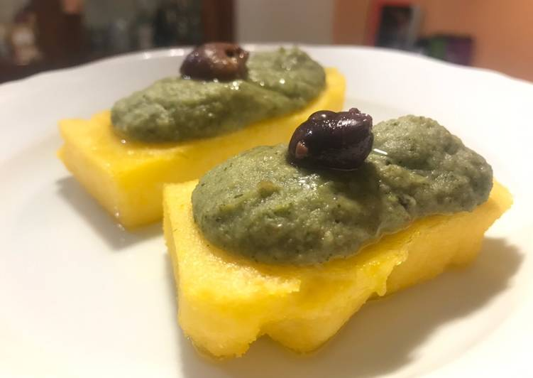 Recipe: Delicious Crema di broccoli su polenta croccante
