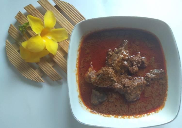 Kalio daging (masakan sebelum jadi rendang)