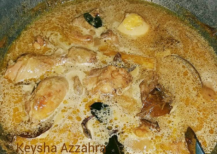 Opor Ayam Lebaran