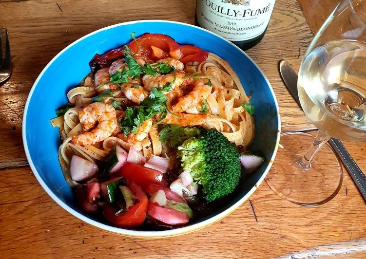 Recipe of Perfect Fried shrimp and fettuccine