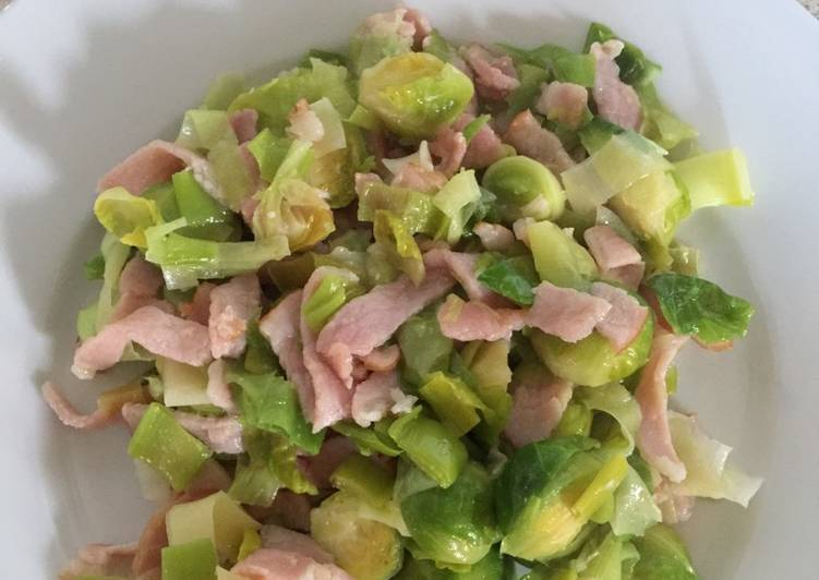 Brussel Sprouts with Leeks and Bacon