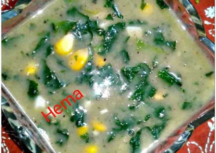 Creamy spinach corn soup