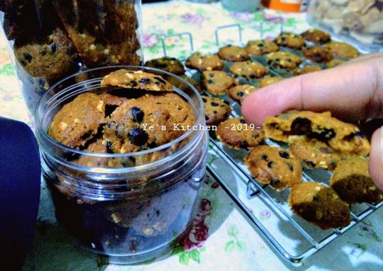 8. Double Choco Almond Cookies