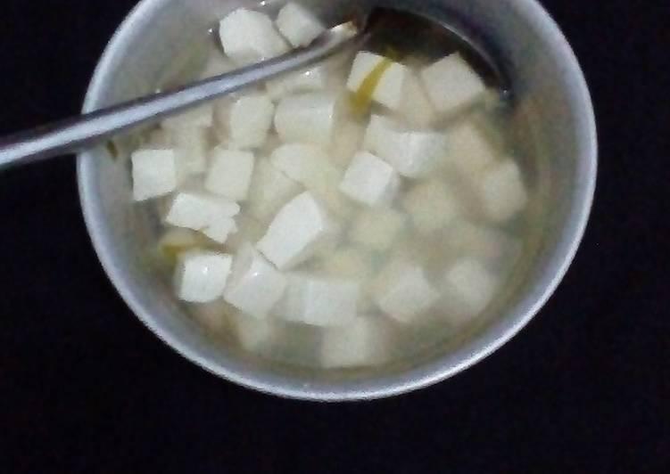Simple tofu soup
