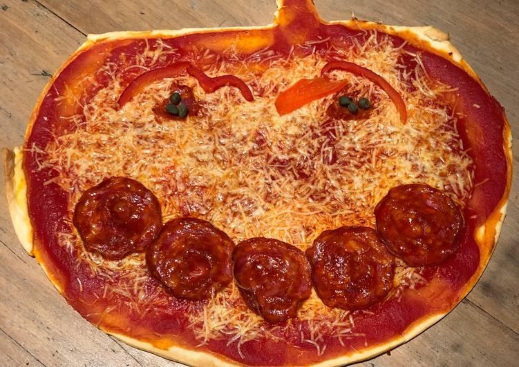 recette Pizza Halloween le délicieux