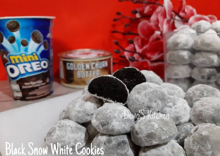Black Snow White Cookies / Putri Salju Oreo