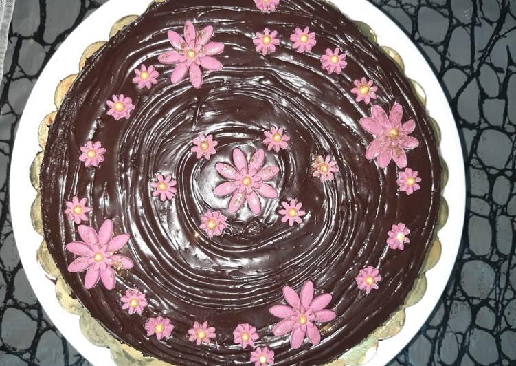Chocolate truffle cake😊