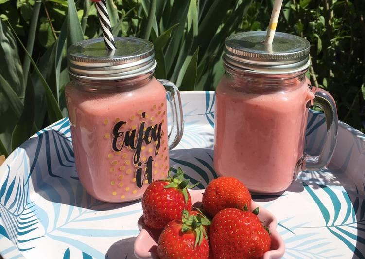 Leichter Erdbeer-Milchshake