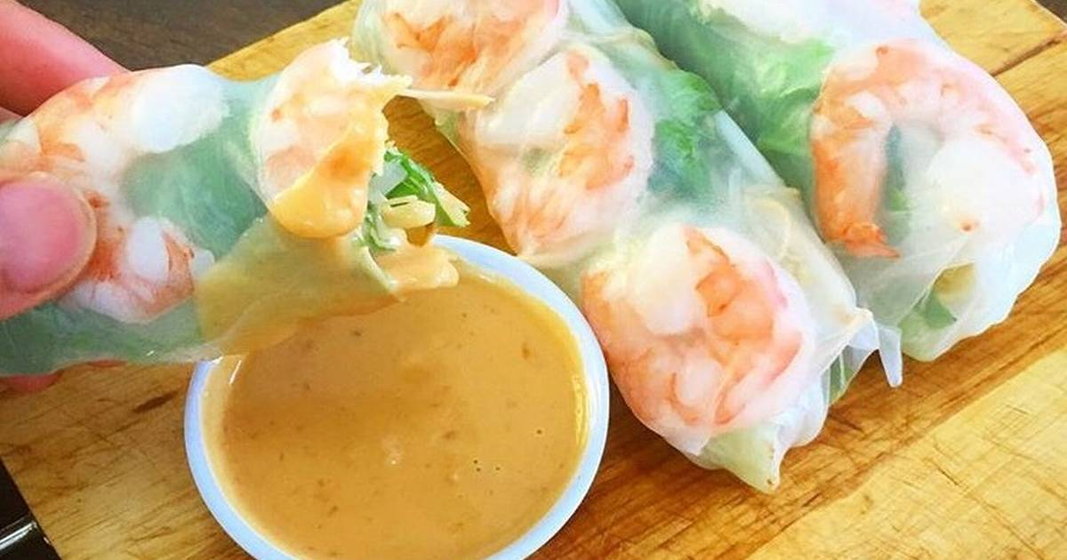 Prawn Vietnamese Rice Paper Roll And Peanut Chilli Dipping Sauce Recipe By Lee Hilder Cookpad