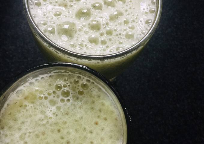 Amla + cucumber + chia seeds juice