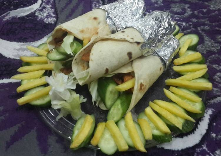 Tortilla Chicken Shawarma