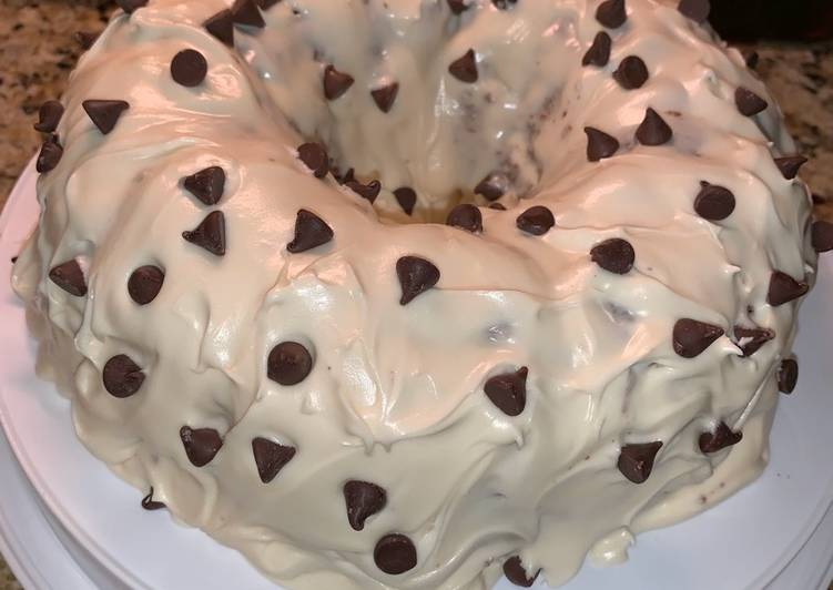 Milk Chocolate Cake with Cream Cheese Icing