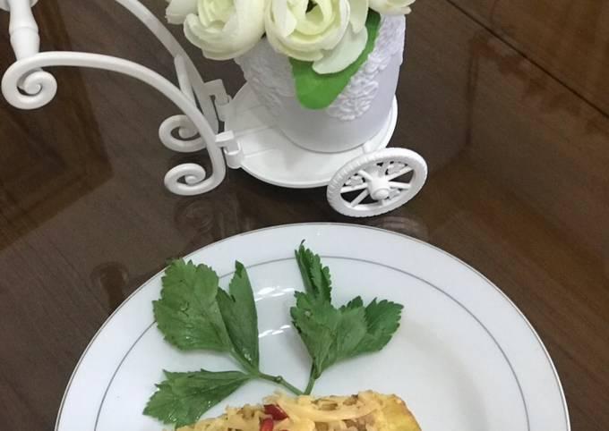 Omelette pizza Ummi dzakirah