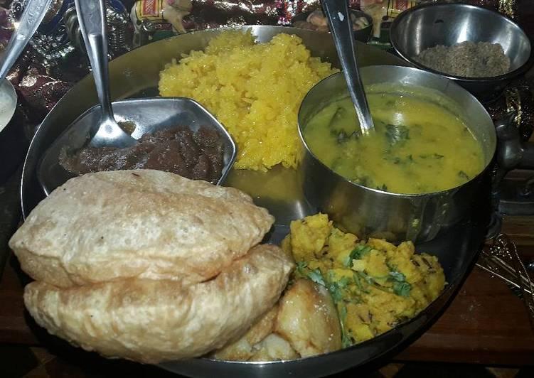 Easy Meal Ideas of Meethe chawal,Teen dal Curry,Wheat flour Sheera