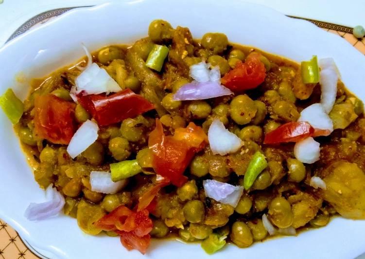 White dry peas curry