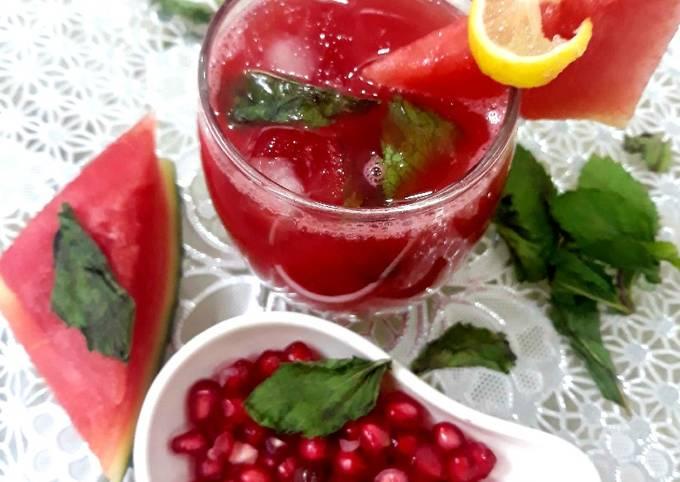 Watermelon & pomegranate lemonade