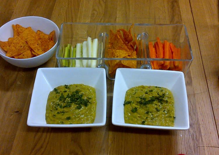 Simple Way to Make Homemade Guacamole - Abujamoms