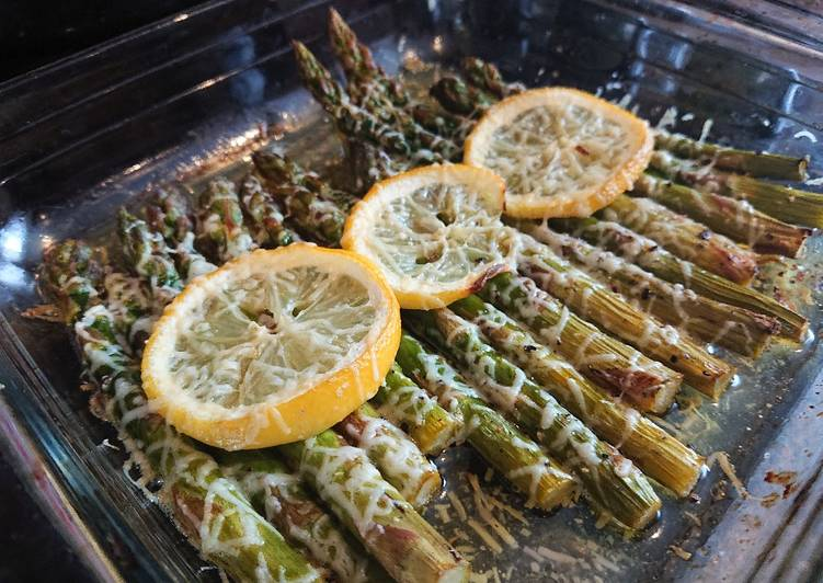 Recipe of Super Quick Homemade Roasted Lemon Asparagus