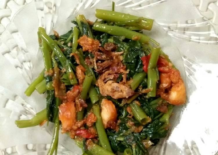 Plecing kangkung + udang
