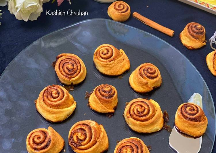Discover How to Improve Your Mood with Food Easy Cinnamon Rolls
