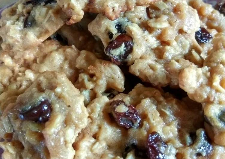 Oat Raisin & Chocochip Cookies (eggless, sugarless, no oven)