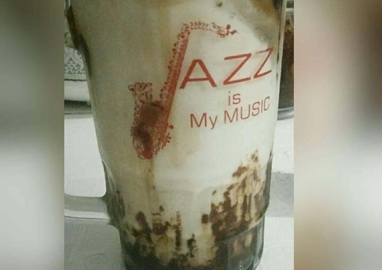 Minuman Kekinian Es coklat susu