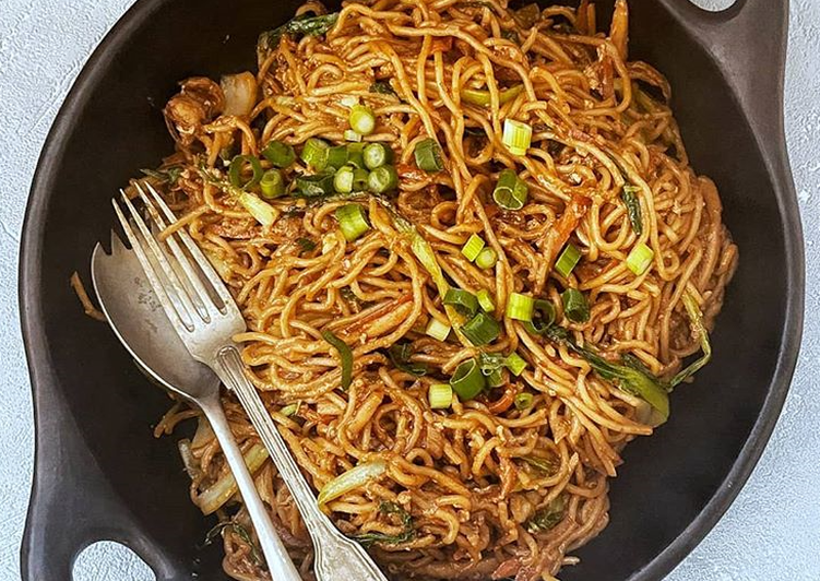 How to Prepare Quick Stir Fry Egg Noodles