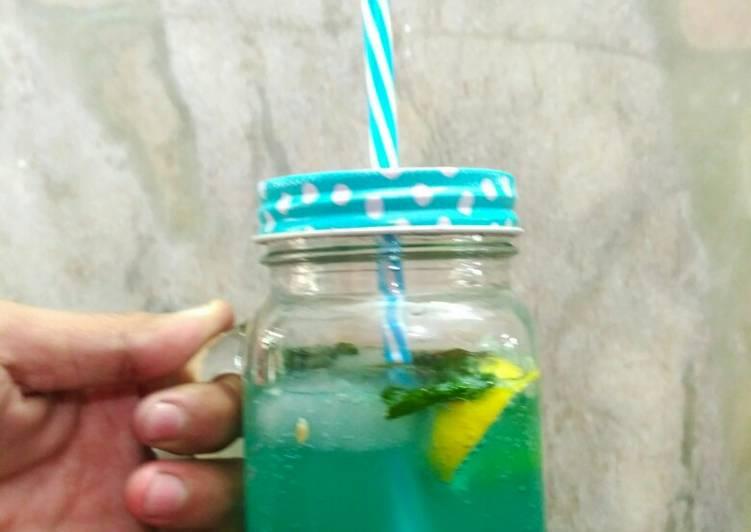 Easiest Way to Prepare Homemade Blue lagoon mojito