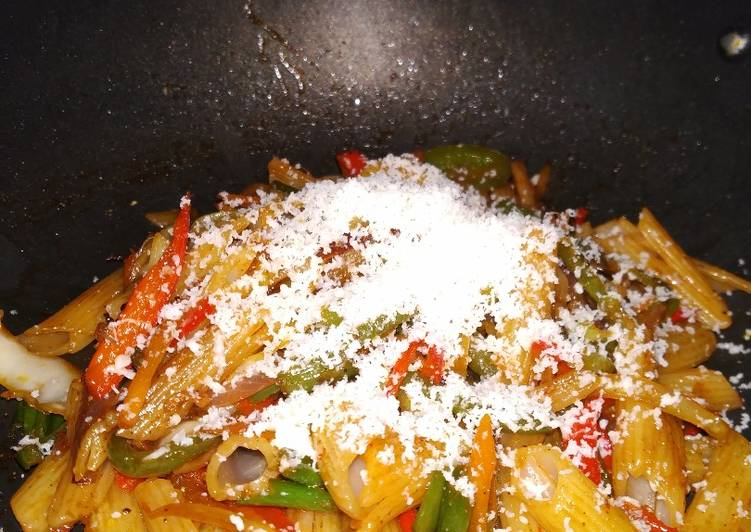 Cheese penne pasta