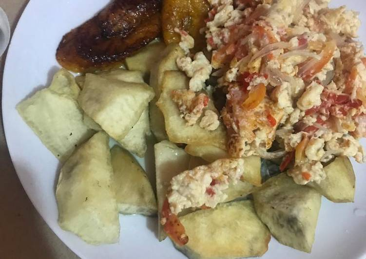 Fried Yam/Plantain and Fried Egg