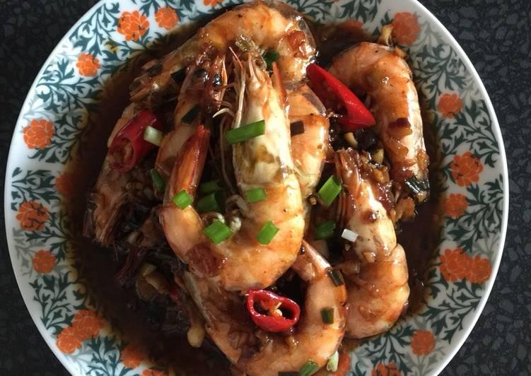 Har Lok (Cantonese prawn style)
