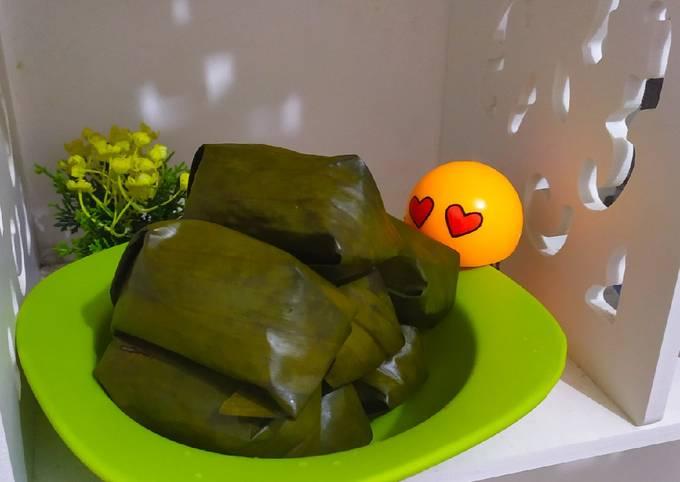 Lontong isi sayuran anti ribet