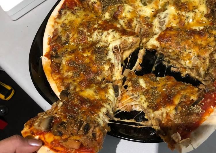 Recipe: Yummy Tuna pizza