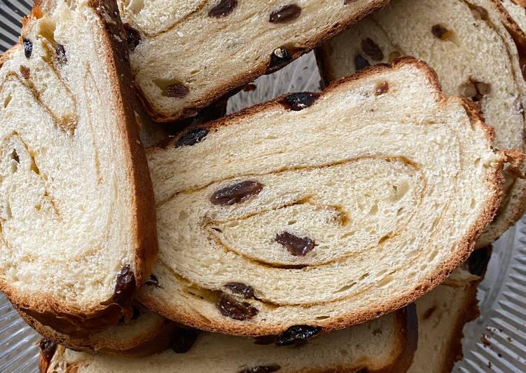 How to Prepare Delicious Homemade Cinnamon Raisin Bread