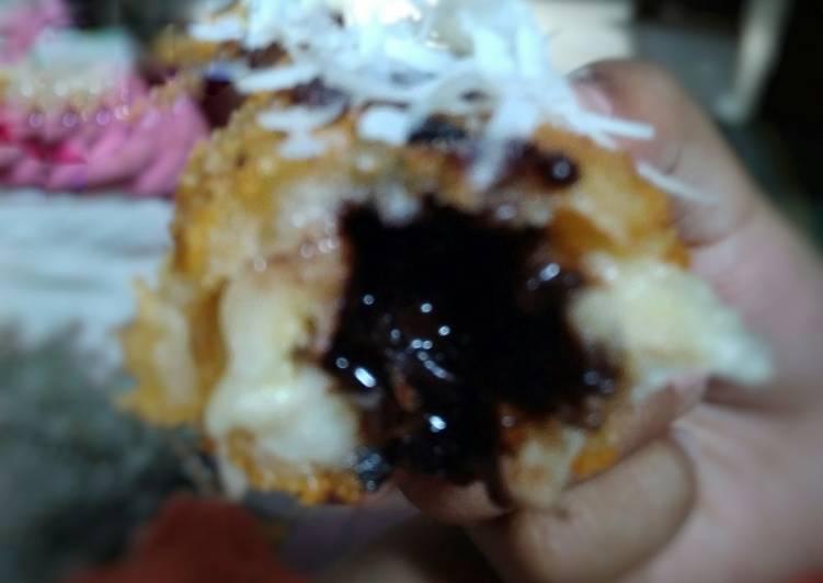 Bagaimana Menyiapkan Pisang goreng isi coklat lumer Anti Gagal
