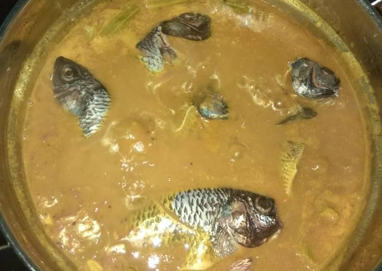 Drumstick fish gravy