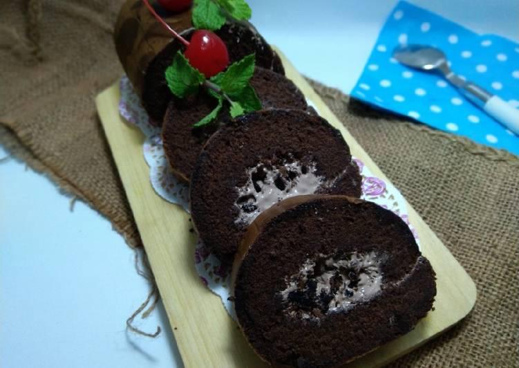 Bolu Gulung Chocolate Oreo