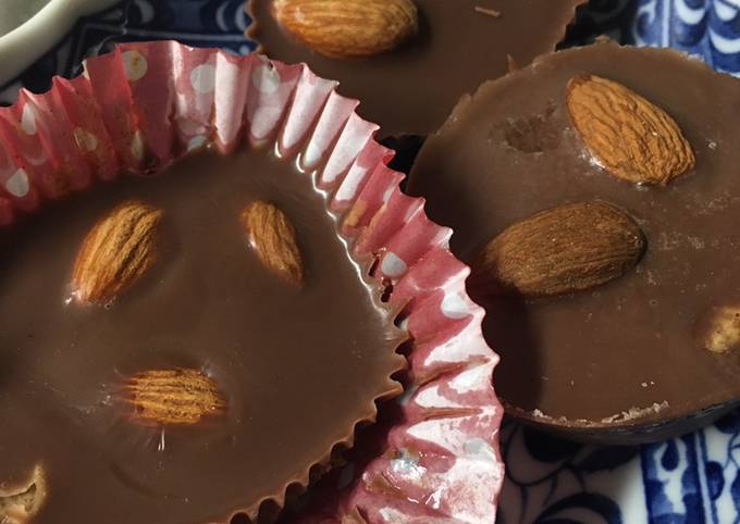 Keto Chocolate Almond Cup Fat Bombs