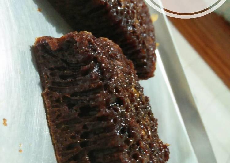 resep mengolah Bolu karamel/sarang semut - Sajian Dapur Bunda