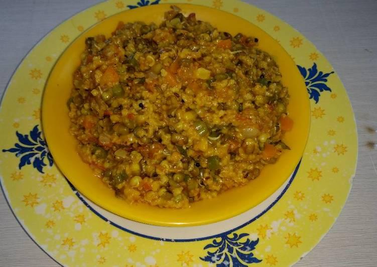 Veg masala sprout moong & oats khichdi