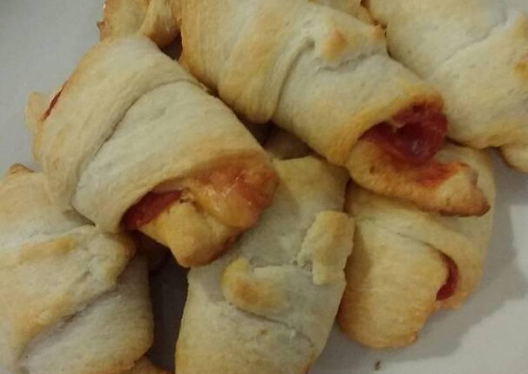 Recipe: Yummy Pizza croissant!!