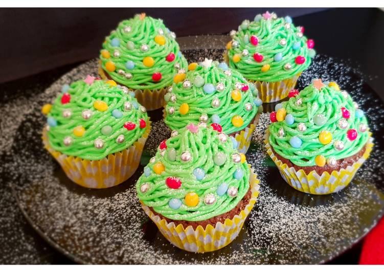 Easiest Way to Make Tasty Christmas tree cupcakes