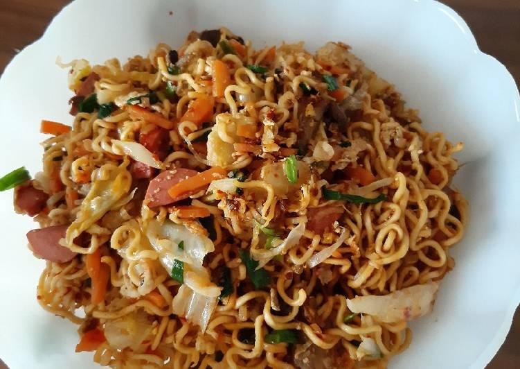 Stir-fried noodles (special)