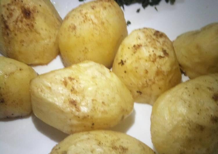 Steps to Prepare Perfect Oven roasted potatoes