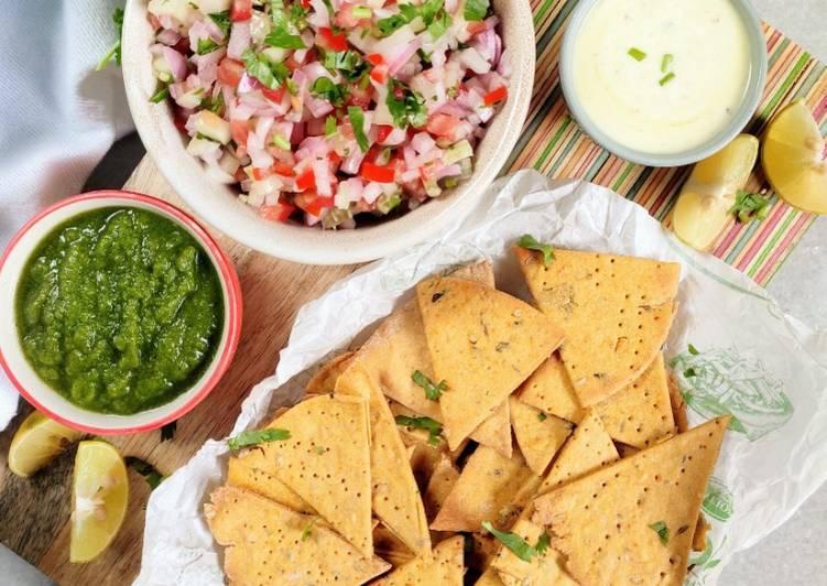 Recipe of Perfect Baked Missi Roti Nachos kuchumbar salsa kehri ki chutney