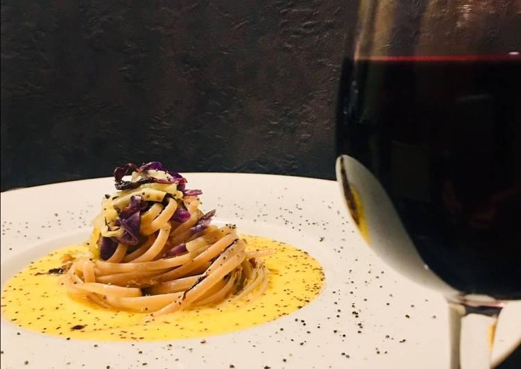 Ricetta Linguine in crema al vino rosso e cavolo cappuccio