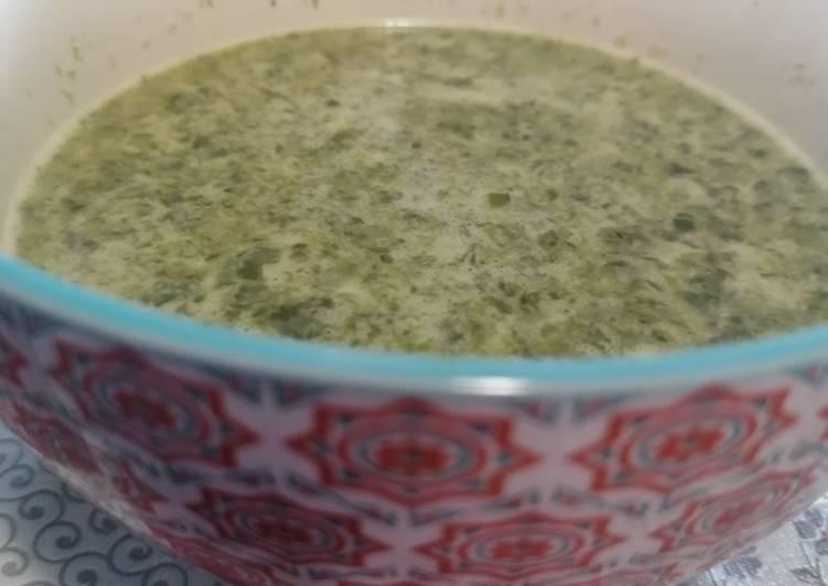 37. Sopa de espinacas cremosa / Thermomix