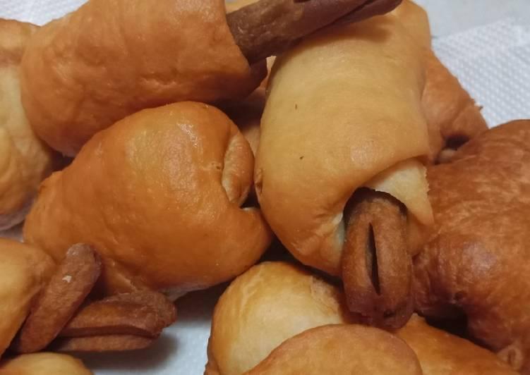Roti goreng sosis