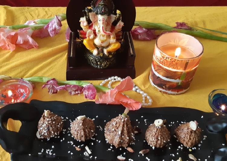 The Best Dinner Easy Super Quick Homemade #Rajgiraflour-dates-dryfruits-stuff-modak